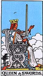 Rainha de Espadas - Rider Waite Tarot