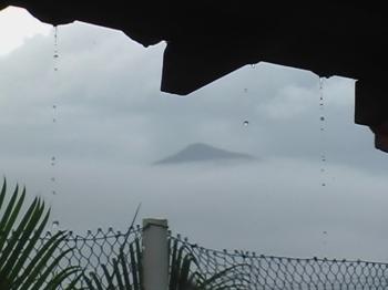 Silêncio e chuva em Caraguá (2)