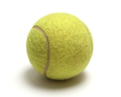 odesemprenuncacombr_tennis_ball250