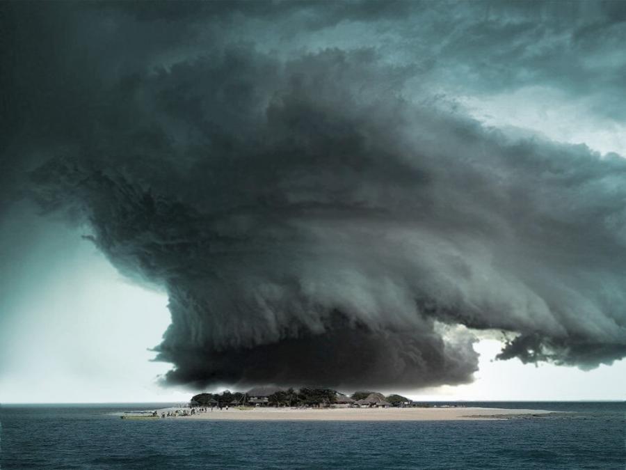 pixdauscom_hurricane1213538765srcmv7r